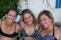 Heather, Lotti and Andrea in Tucson